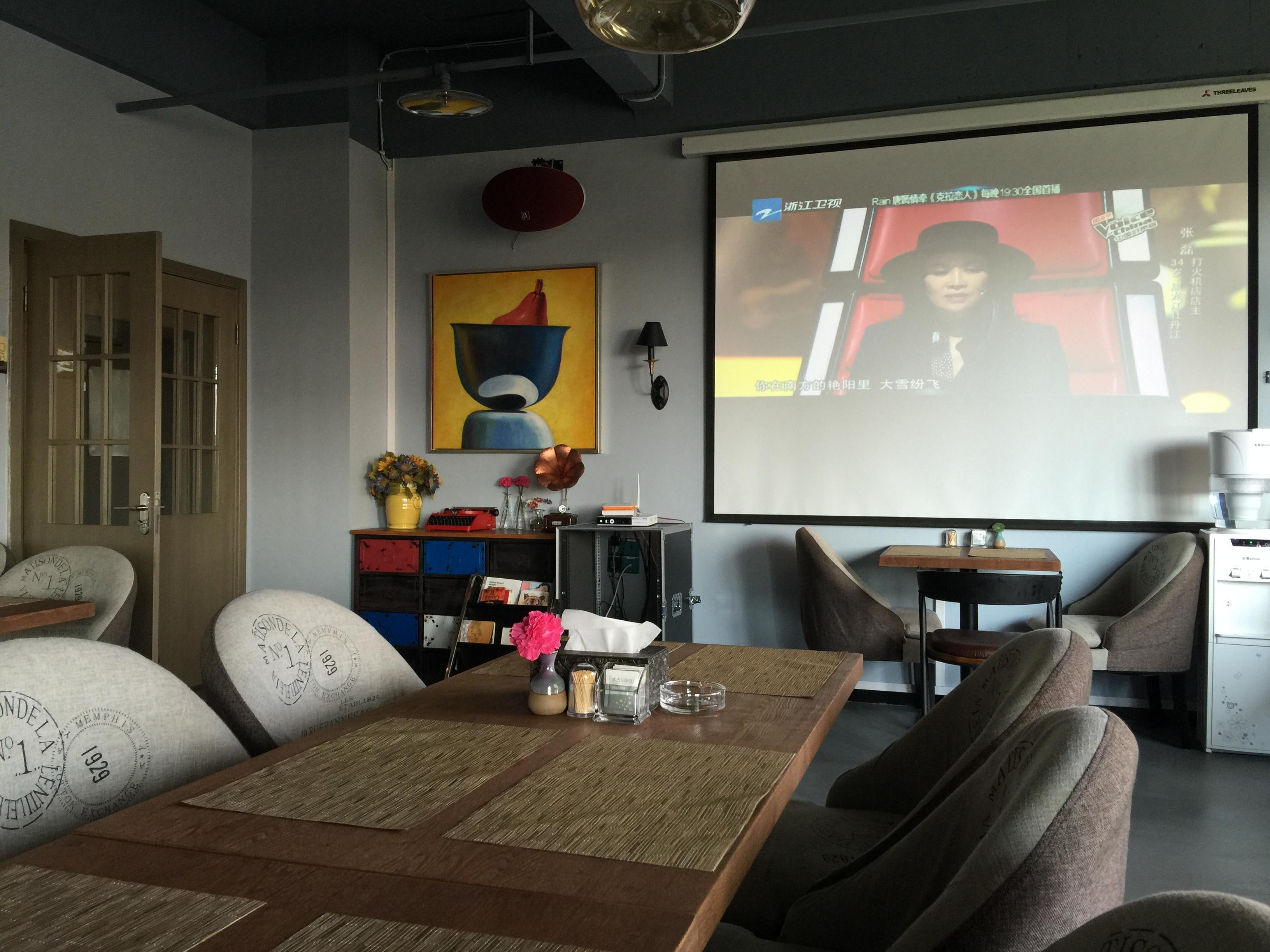 入住重庆桉树林电影主题酒店 享受奔驰接机图片