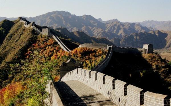盤山風景區位于天津薊縣,是國家4a級旅游景區,盤山赫然屹立在北京東
