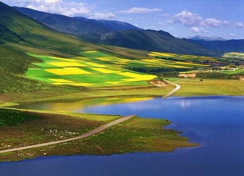 旅游指南  西宁旅游指南 青海湖塔尔寺旅游 2013青海湖塔尔寺二日游