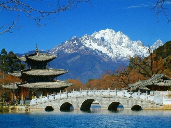 国庆节想去云南丽江自助游,求攻略行程.