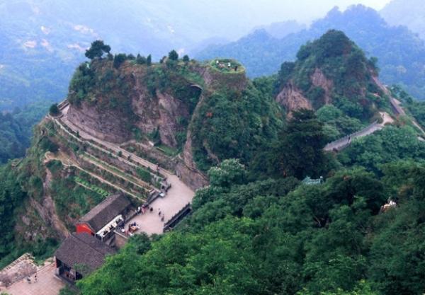 西安到武当山自驾游_武当山自驾游攻略青海著名旅游景点攻略图片