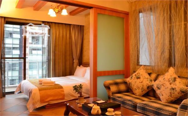 鹭岛国际高级风尚大床房
