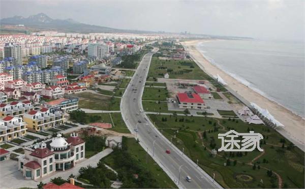 乳山银滩在哪里 乳山银滩交通路线   乳山银滩处于青岛,烟台,威海三市
