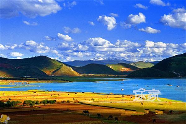 10月旅行目的地推荐 10月旅游推荐   秋天,是云南香格里拉最精彩的