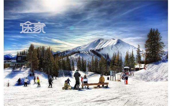灵宝汉山风景区滑雪