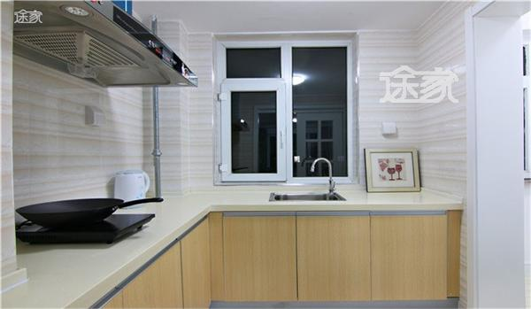 长白山途家斯维登度假公寓(万达北纬41度)厨房