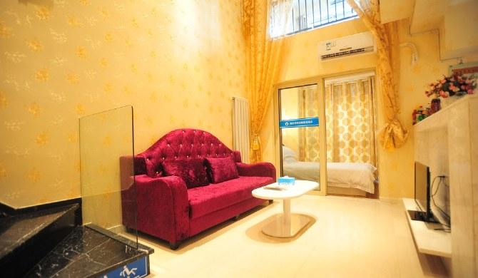 武汉光谷天地公寓复式时尚双床房
