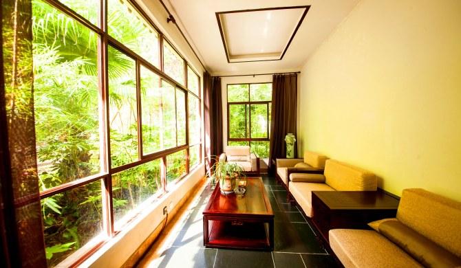 腾冲热海热海风景区内酒店式公寓:腾冲热海美女池