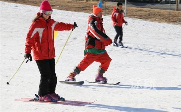 北京狂飙乐园冰雪节